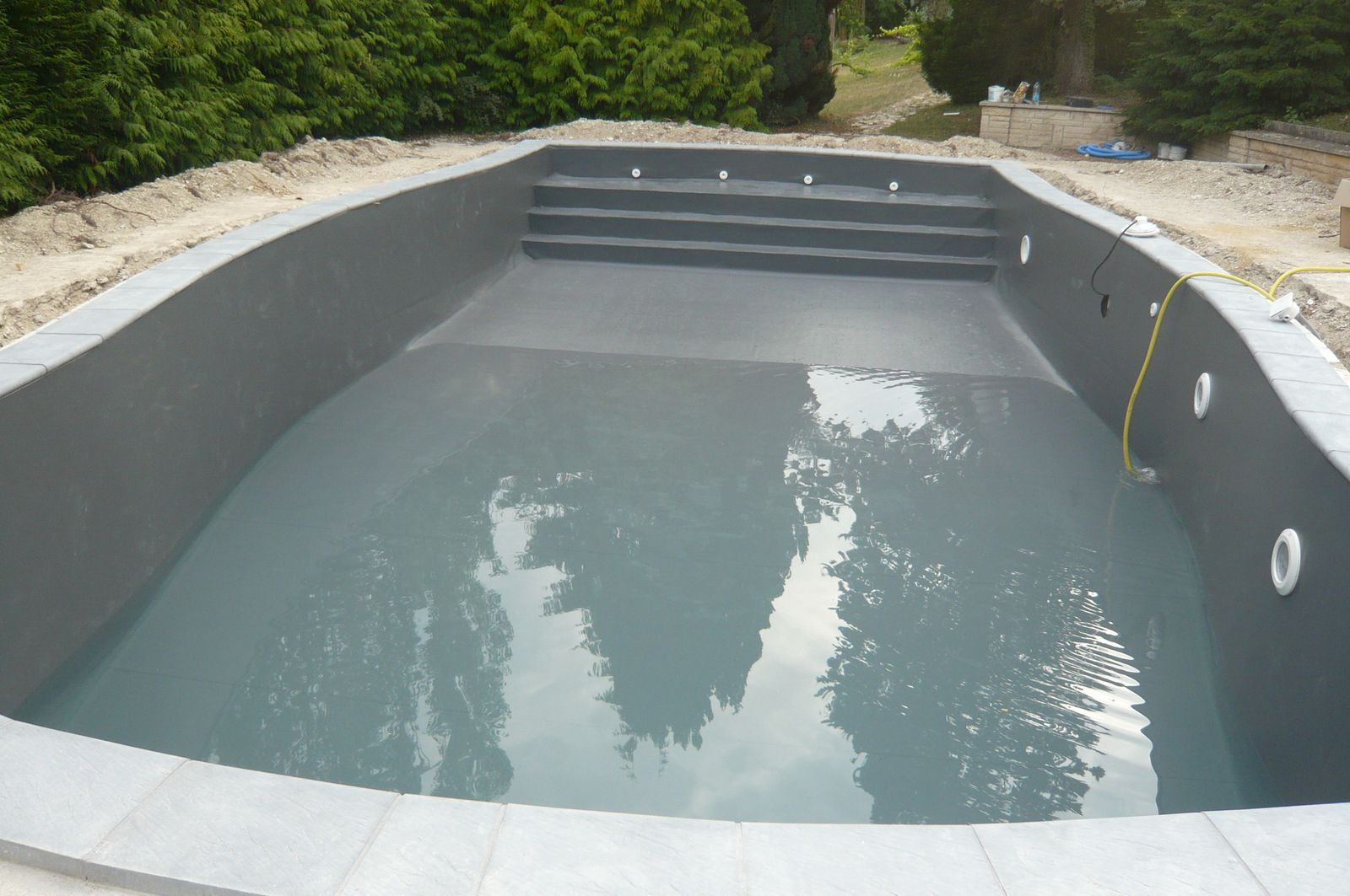 Album realisations piscines pvc arm liner piscine for Piscine en pvc arme