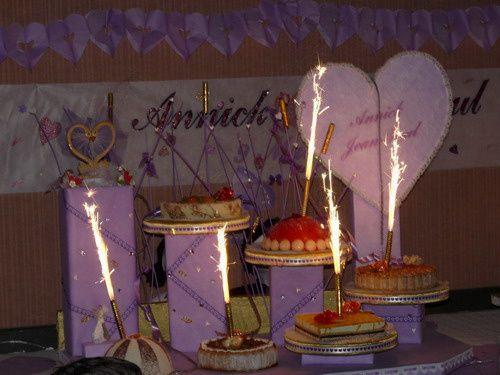 je dispose dun peu de temps jen profite pour venir sur mon blog voici quelque photo du prsentoire pour notre gateau de mariage - Presentoire De Gateau De Mariage