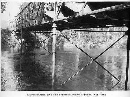 Pont-portatif-Eiffel.jpg