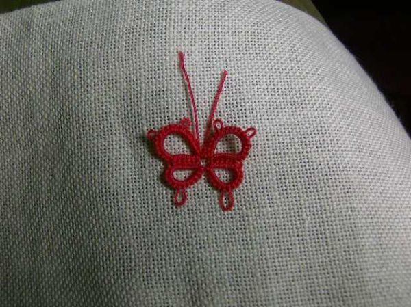Papillon_frivolité_butterfly_tatting