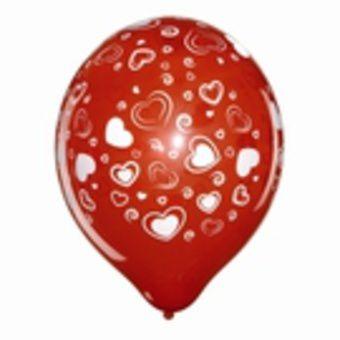 ballon-rouge-avec-coeurs