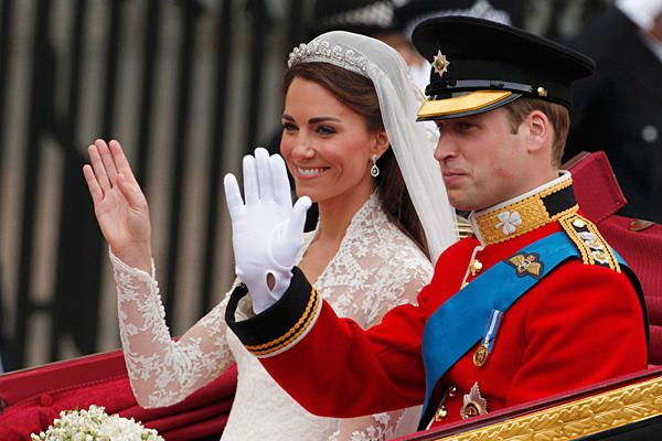 0429-Prince-William-betrothed-beautiful-Catherine full 600