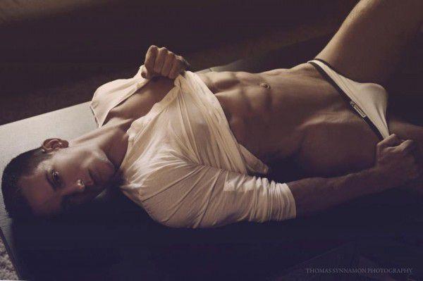 Jakub-Bandoch-Hot-Body-Burbujas-De-Deseo-03-600x399.jpg