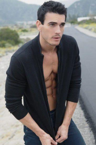 Josh-Kloss-Belleza-De-Hombre-07-365x550.jpg