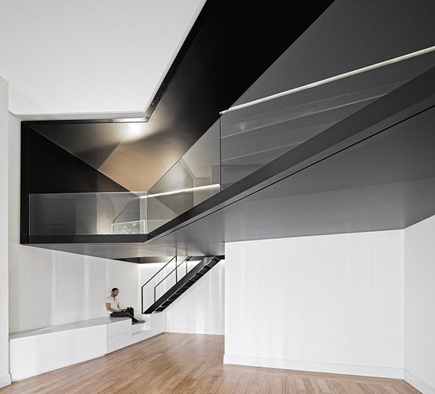 APARTMENT-IN-JUNQUEIRA-LISBON-BY-ASPA-ARCHITECTS-P-copie-1.jpg