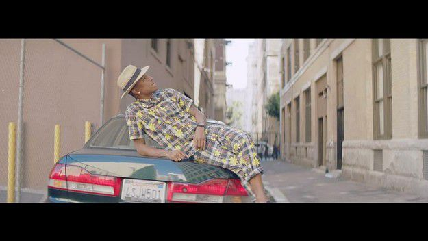 HAPPY-MUSIC-VIDEO-PHARRELL-WILLIAMS-VIDEO-BU-WE-ARE-FROM-LA.jpg