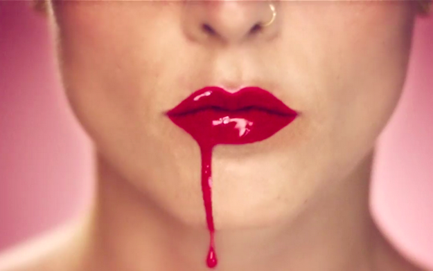 jessie_ware_champagne_kisses_video_arcstreet_mag_p-copie-1.png