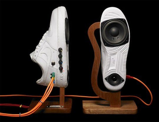 speaker-kicks-nike-edition-140667_rect540.jpeg