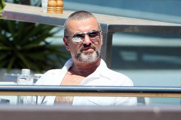 plump-George-Michael-enjoys-Australian-vacation-4JoJoKieO-N.jpg