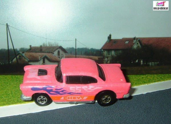 55-chevy-pink-color-racers-1987-hot-wheels-rose
