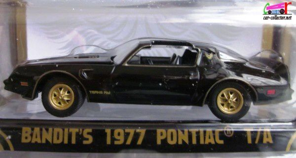 bandits-1977-pontiac-trans-am-burt-reynolds-smokey and-the-