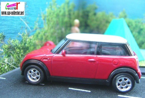 austin-mini-1000-cooper-welly-ref-n-2069--1-