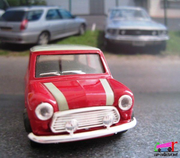 austin-mini-cooper-s-reedition-solido-hachette