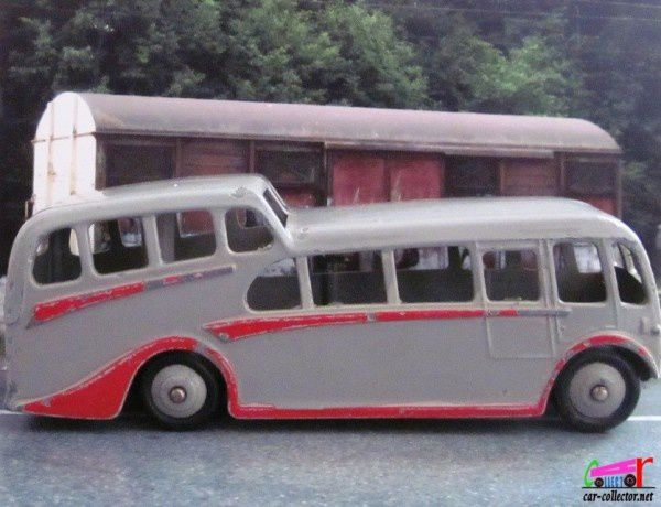observation-coach-bus-2-etages-dinky-england-meccano-ltd (3