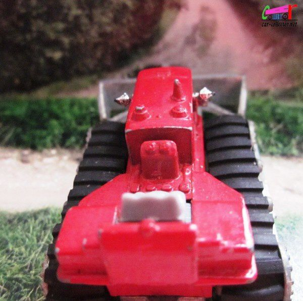 hanomag-rouge-majorette-bulldozer-red (2)