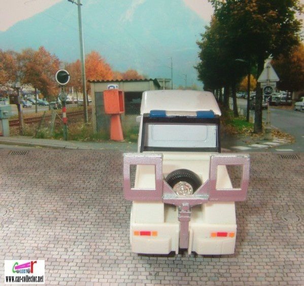 camion-mercedes-t1-police-hongwell--3-