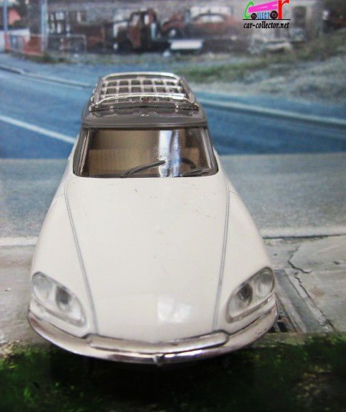 citroen-ds-break-avec-galerie-solido (4)