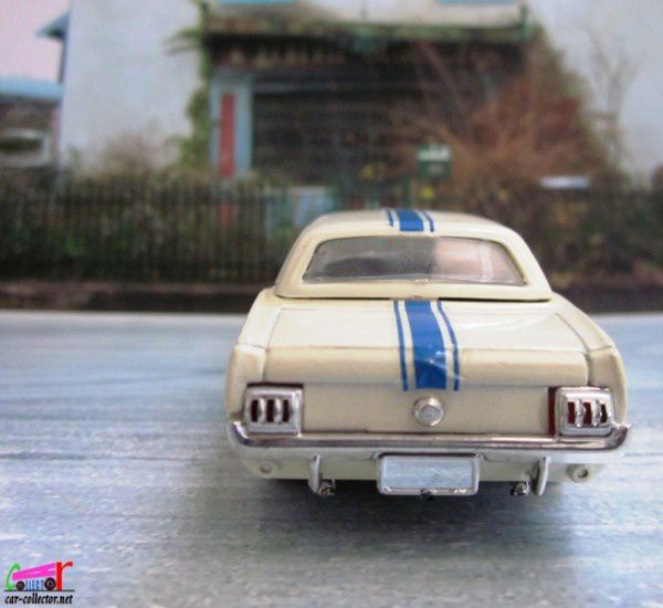 ford-mustang-1965-solido (1)