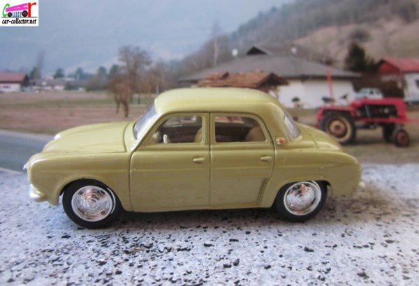 renaul-dauphine-norev-3-inches-renault-toys (1)