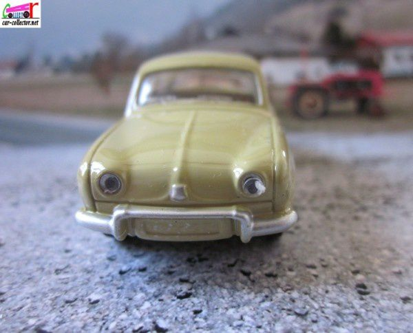 renaul-dauphine-norev-3-inches-renault-toys (2)