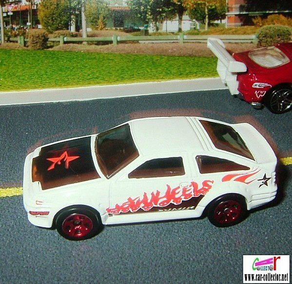 toyota-corolla-ae86-white-2006.002-first-editions