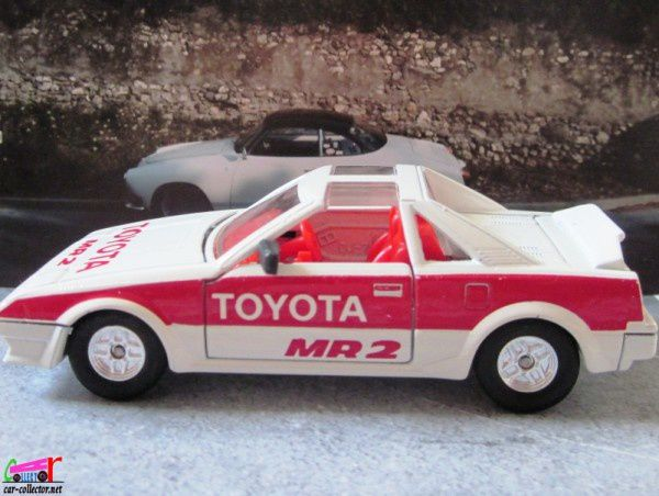toyota-mr2-tomica-dandy-toyota-sv3-tomy-japan (1)