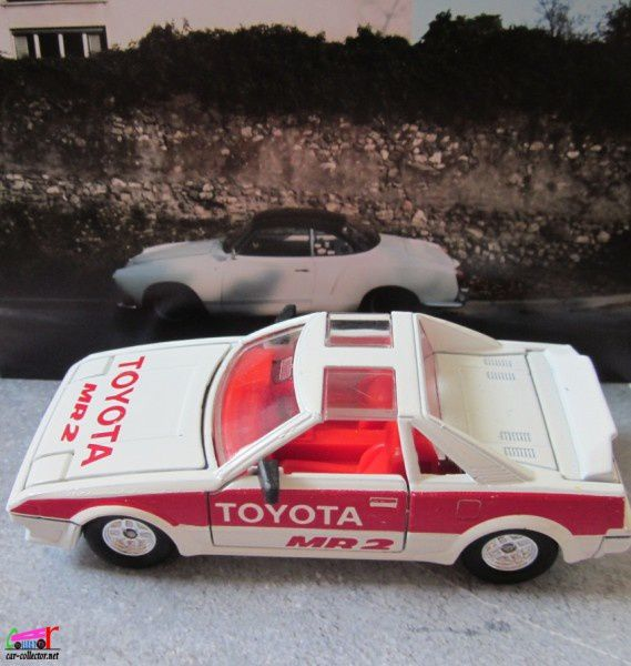 toyota-mr2-tomica-dandy-toyota-sv3-tomy-japan (2)