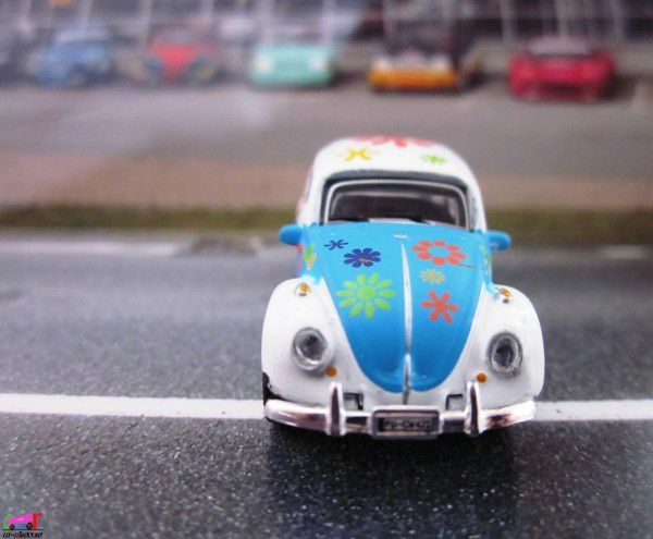 vw-cox-hippies-high-speed-baba-cool-cox-love-and-peace (3)