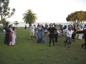 Swan-River-dance-2-web-.jpg
