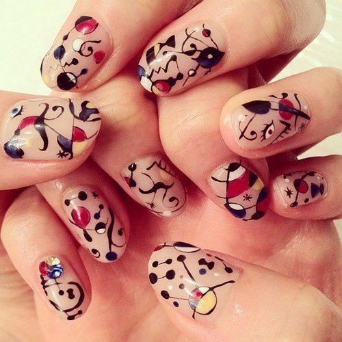 Nail art - Miro