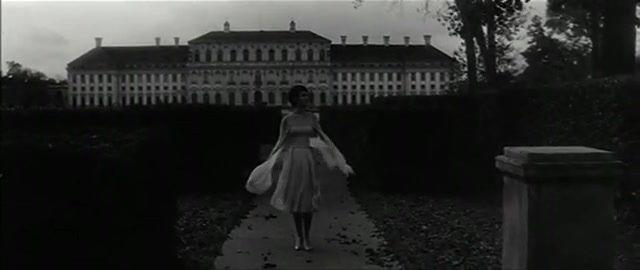 L'ANNEE DERNIERE A MARIENBAD (1961) d'Alain Resnai-copie-4