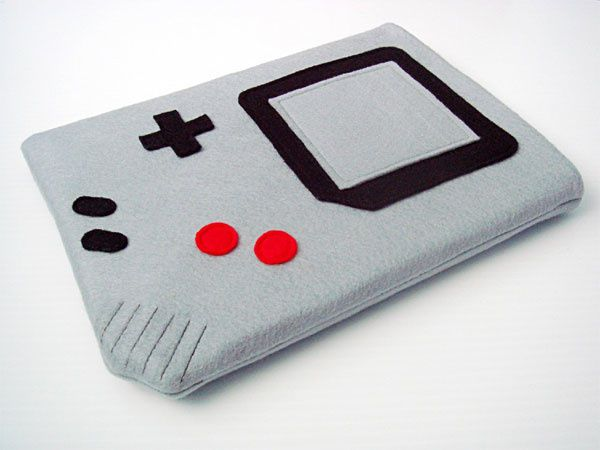 Game-Boy-iPad-Case_1.jpg