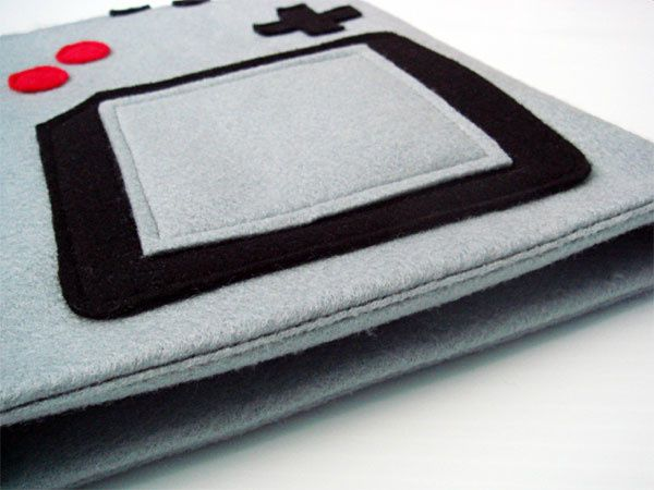 Game-Boy-iPad-Case 2