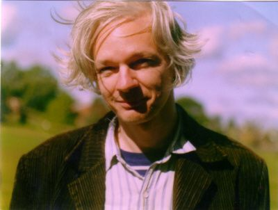 Julian Assange petit