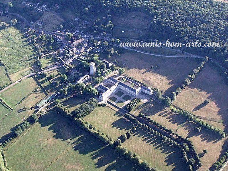 20 Un village et son château