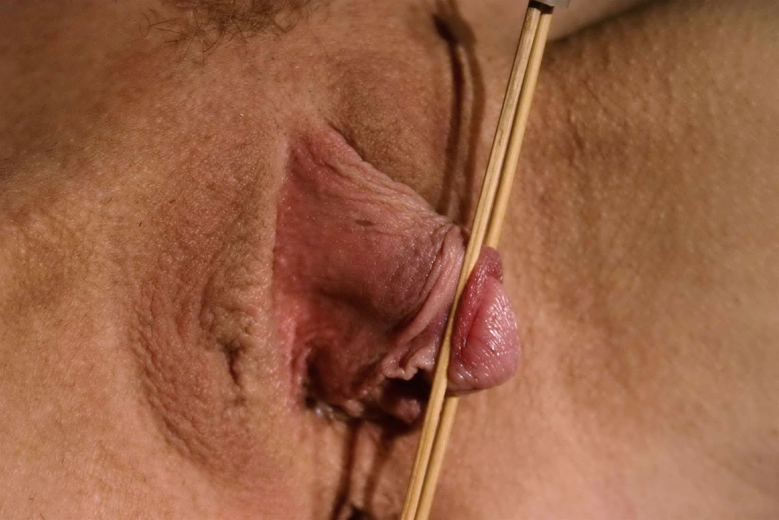 mature 56 torture du clitoris