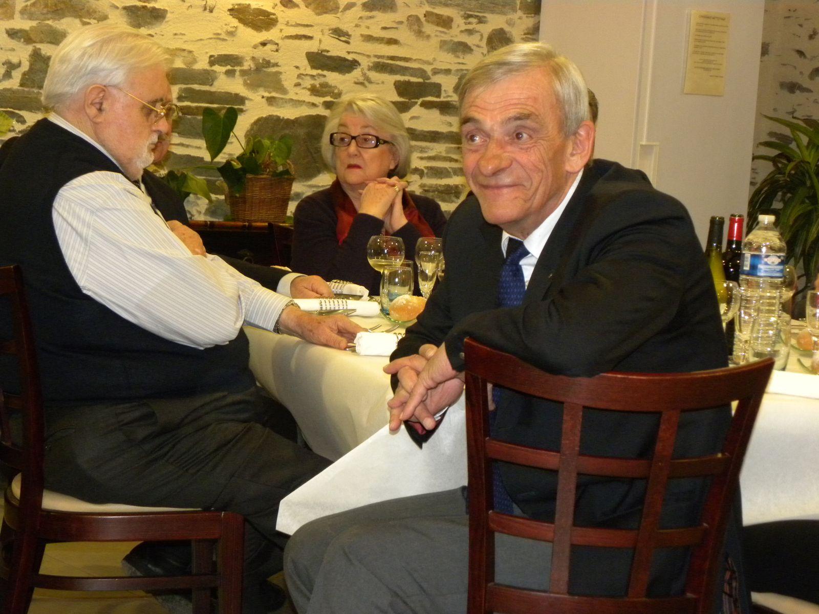 2010-Gouverneur-90-ans-Andre-Frouin