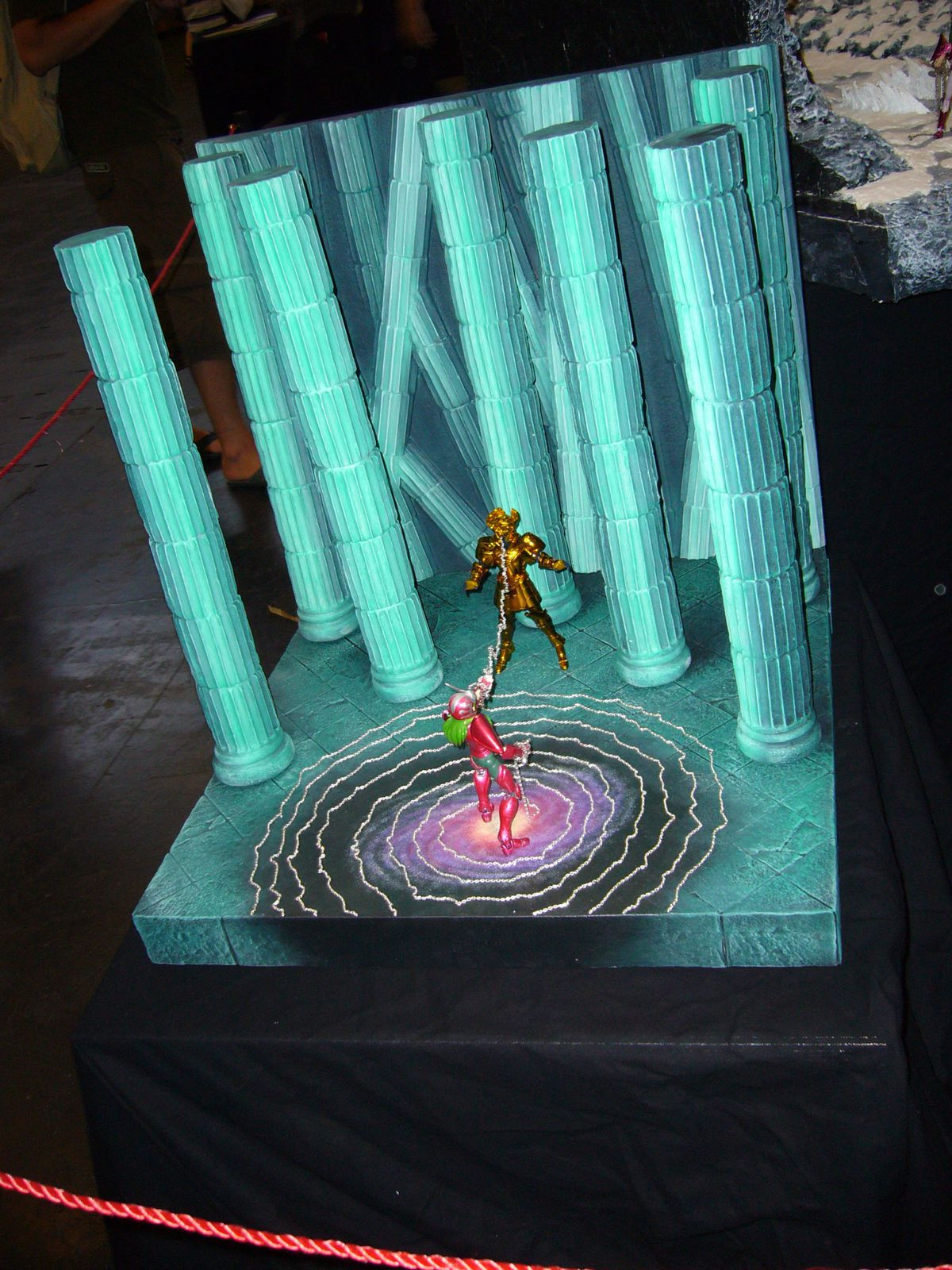 Album japan expo comic con 2010 cr ation de d cors saint seiya myth cloth chevaliers de - Decor saint seiya myth cloth ...