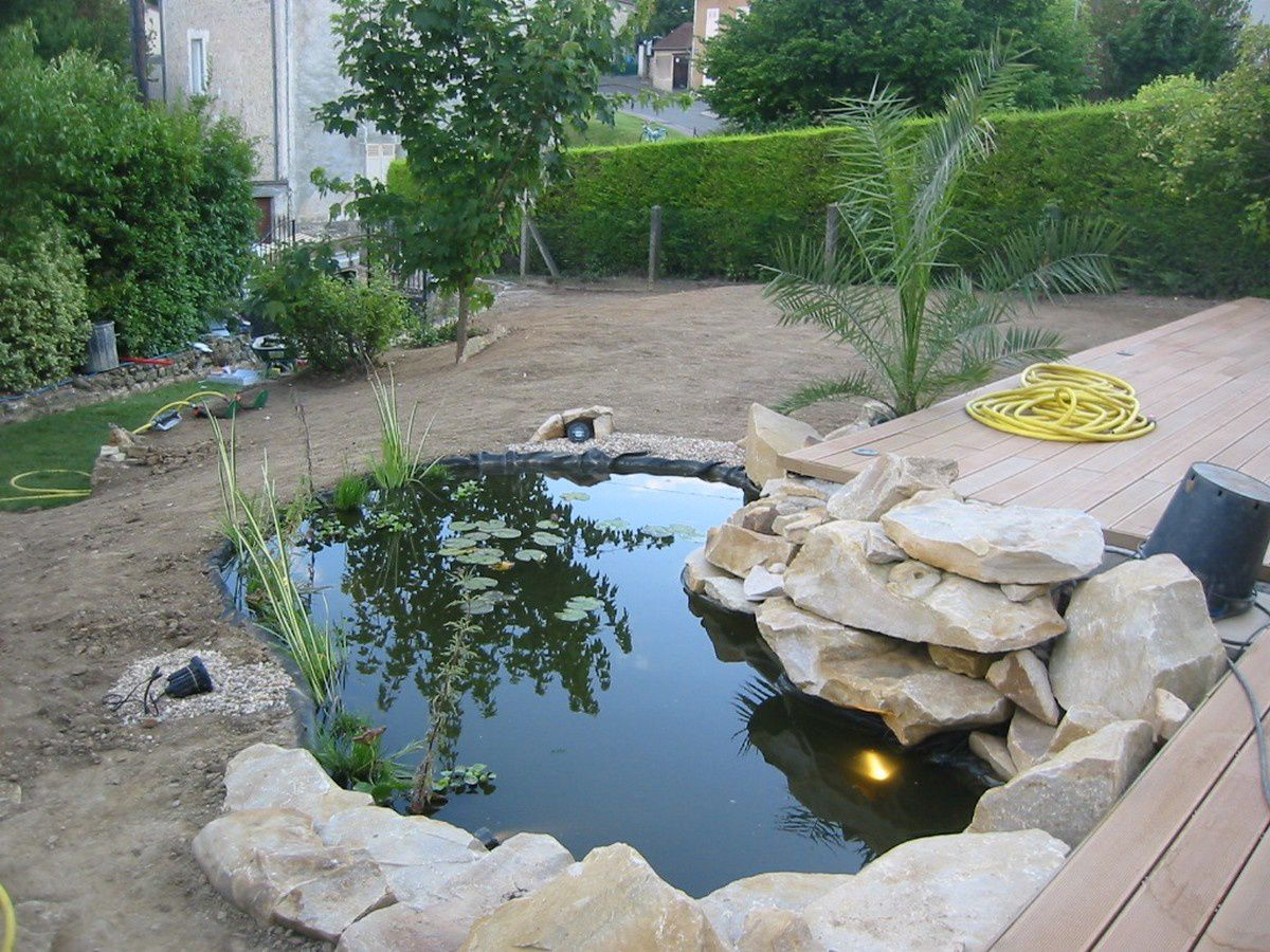 Cr ation d un bassin de jardin proche meulan jardin for Amenager un bassin a poisson