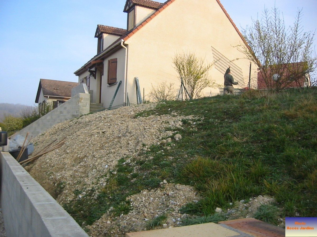 Am nagement ext rieur maison terrain en pente fashion - Amenagement terrain ...