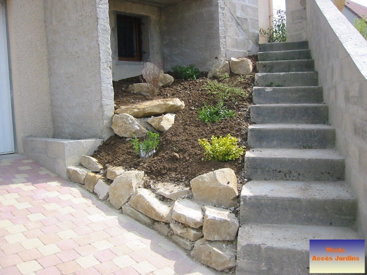 Am nagement terrain en pente zy sur eure jardins for Amenagement talus jardin