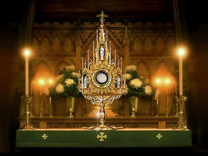 Exposition-Eucharistique--Eucharist-Monstrance--parousie.ov.jpg