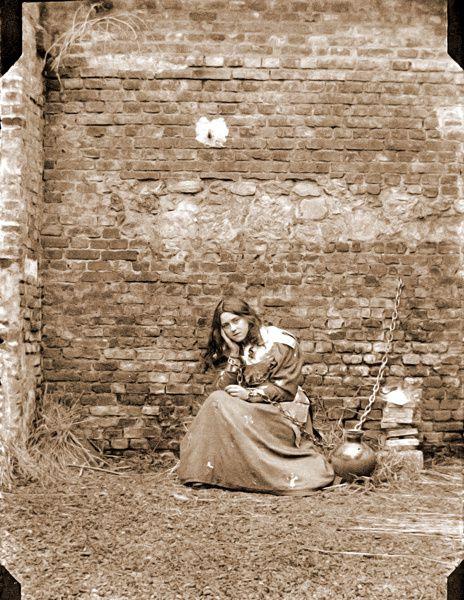 Photo-3-Therese-en-Jeanne-d-Arc-parousie.over-blog.fr.jpg