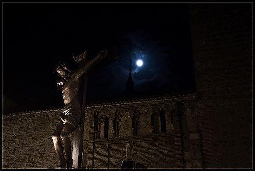 Christ-sous-la-lune--parousie.over-blog.fr.jpg