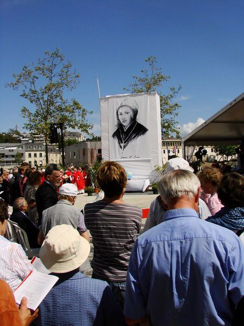 Portrait-Mere-Saint-Louis-devoile--beatification-Vannes.jpg