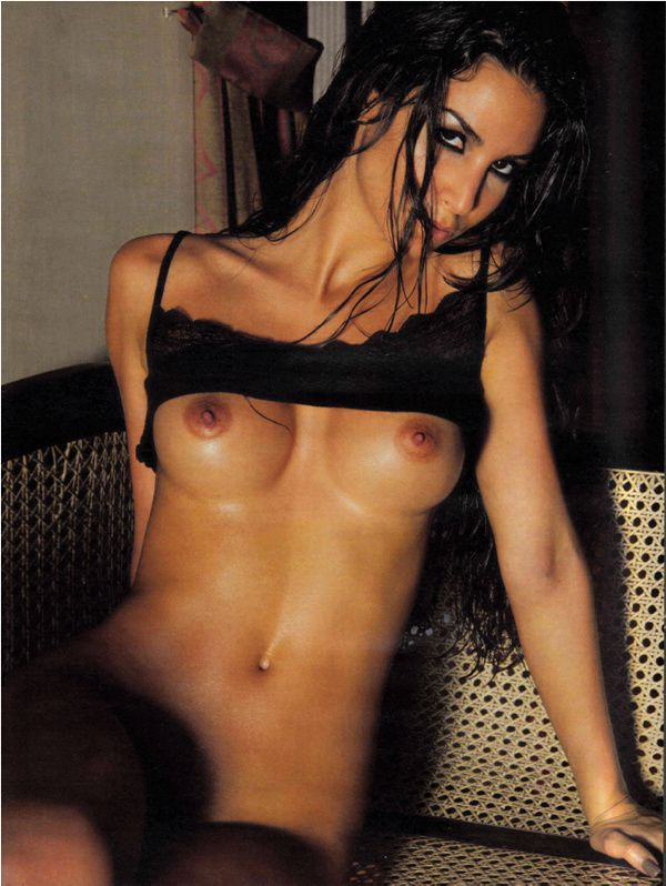 Sila-Sahin-Musulman-Playboy-1.jpg
