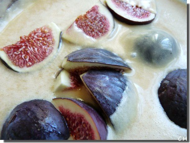 Cake-aux-Figues-moule.jpg