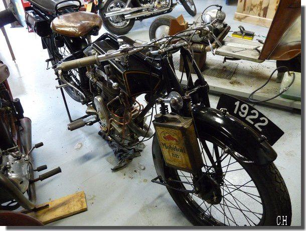 Erwin-Guiller-Motos-anciennes.1922.jpg