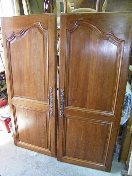 portes d'armoire en if apres restauration