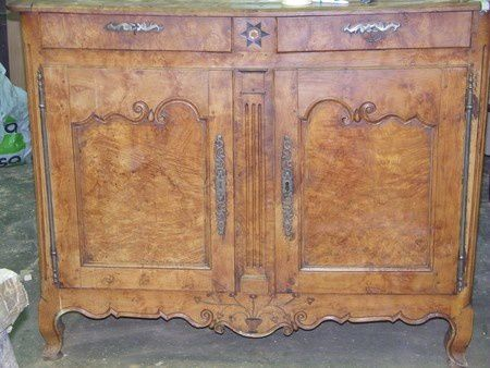 restauration d'un buffet ancien en ronce